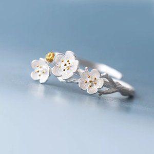 NEW 925 Sterling Silver Flower Adjustable Ring